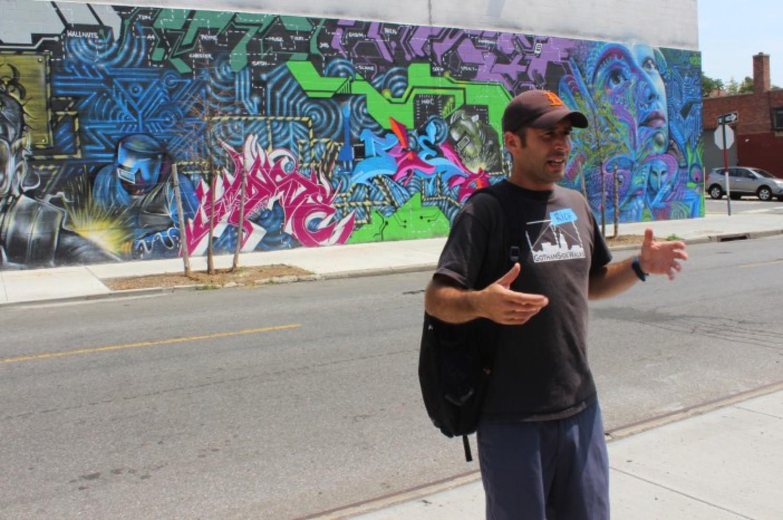 Rich Garr of Gotham SideWalks leads a tour through Gowanus.