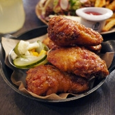 11-12 Barn Joo | Chicken Wings