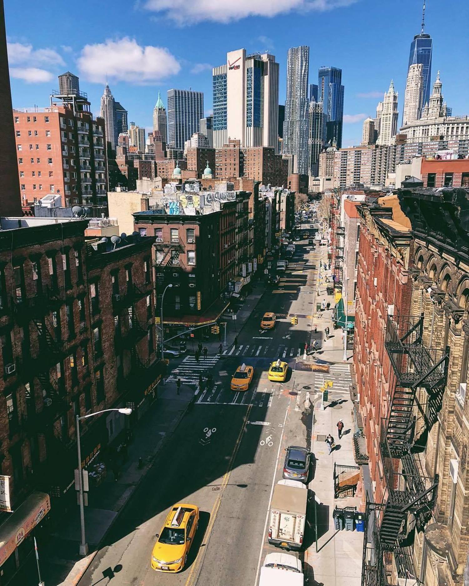 New York, New York. Photo via @iwyndt #newyorkcity #newyork #nyc #viewingnyc