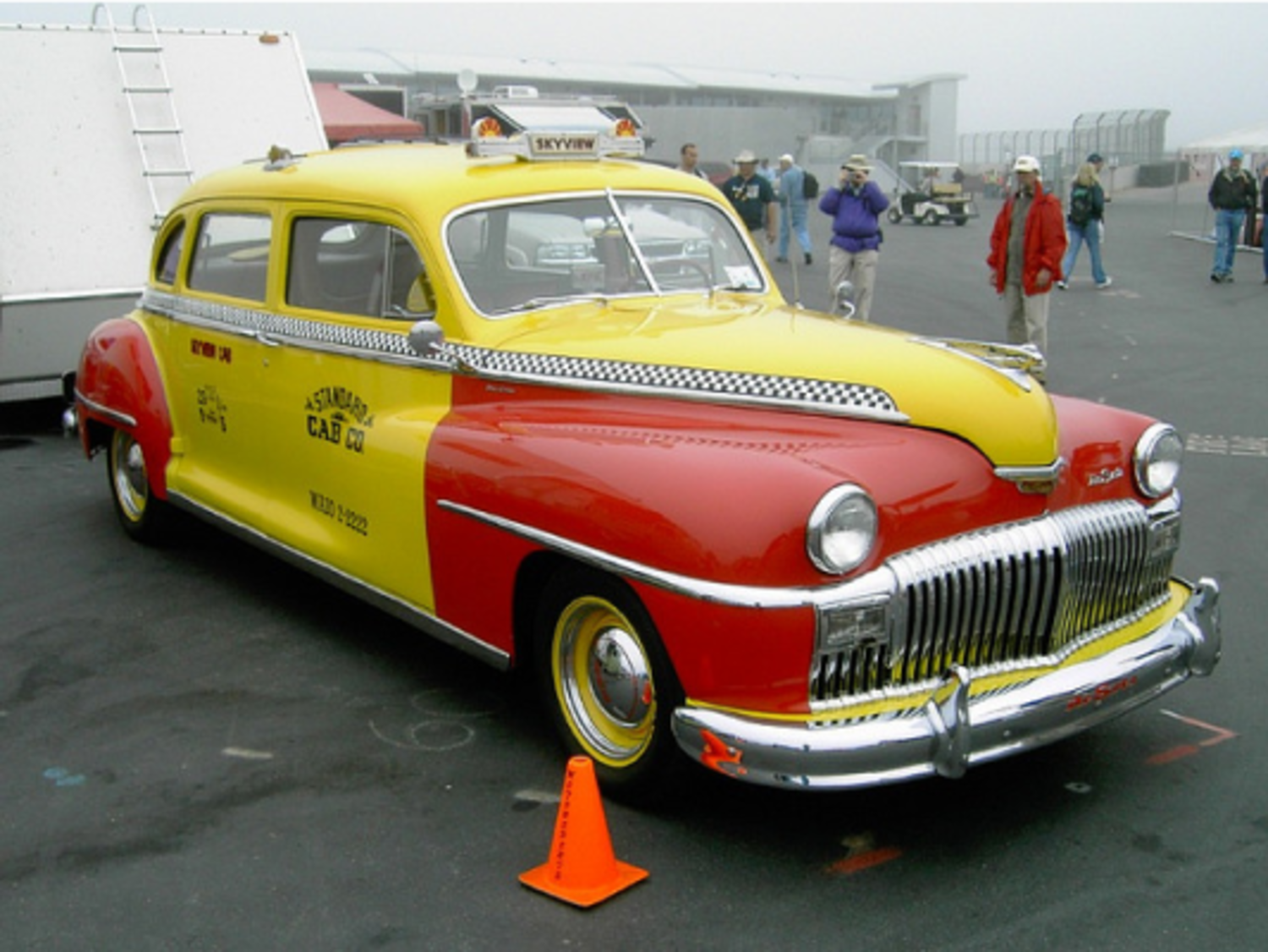 DeSoto taxicabs: Riding in style (with sunroofs!)