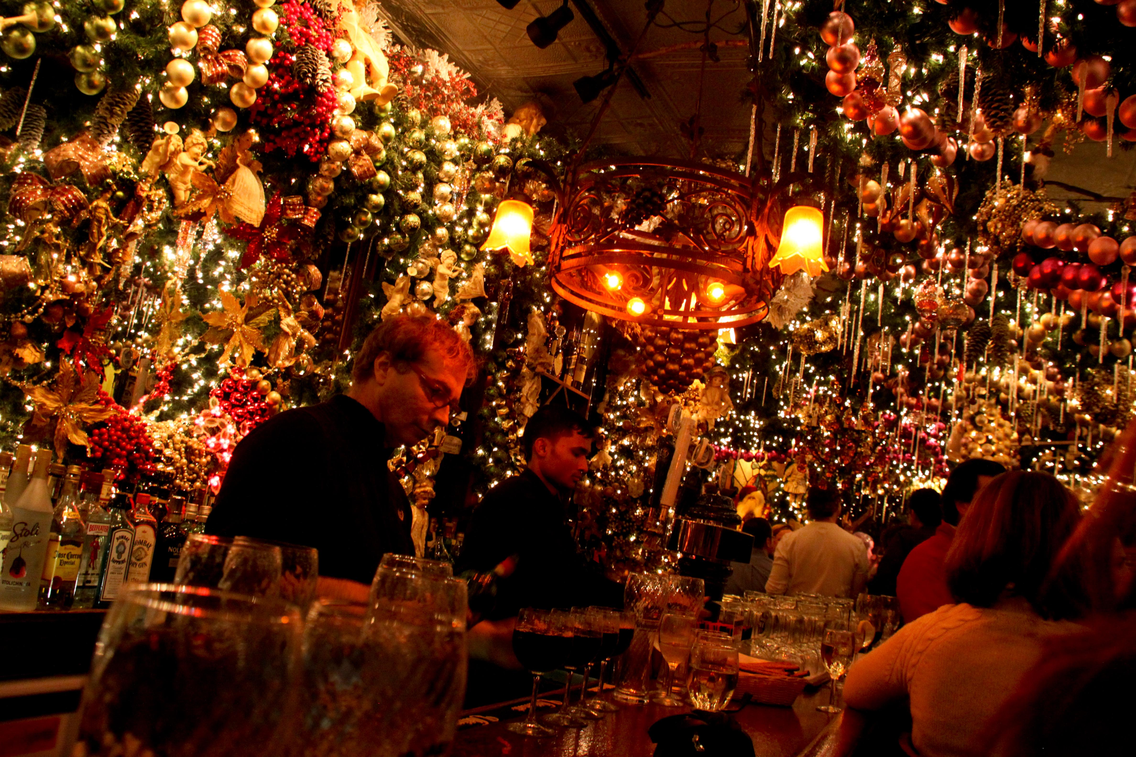 Peek Inside Rolf S German Restaurant New York City S Most Festive