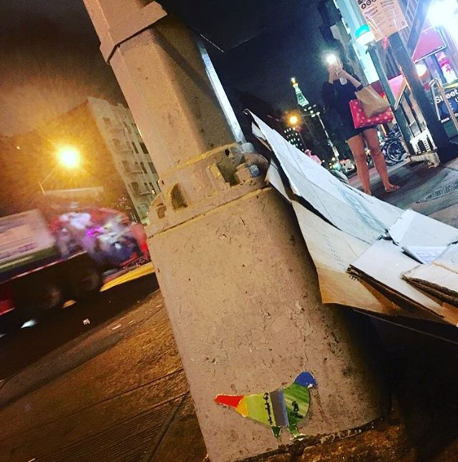 Pigeon 45 - W 23 St @ 8th Ave. #pigeon #chelsea #streetlight #uptown #etrain #streetart #paparazzi #original #glass #art #nyc #nycstreetart #grafitti #wheatpaste #thestreetsofnyc #streetlightpigeon #gbpigeonnyc #gbwashere