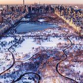 Snow in Central Park, New York, New York. Photo via @craigsbeds #viewingnyc #newyorkcity #newyork #nyc #centralpark #snow
