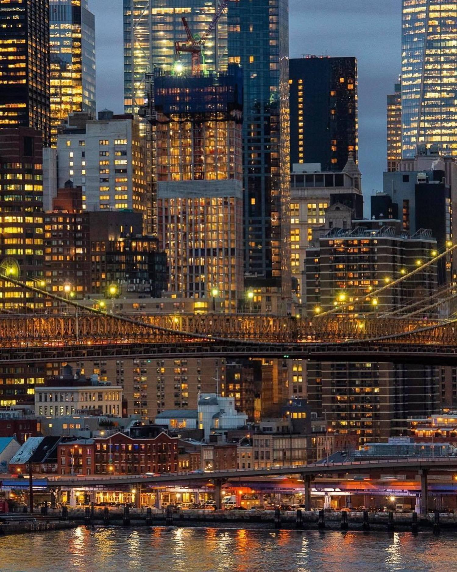 Seaport, Manhattan. Photo via @julienneschaer #viewingnyc #nyc #newyork #newyorkcity
