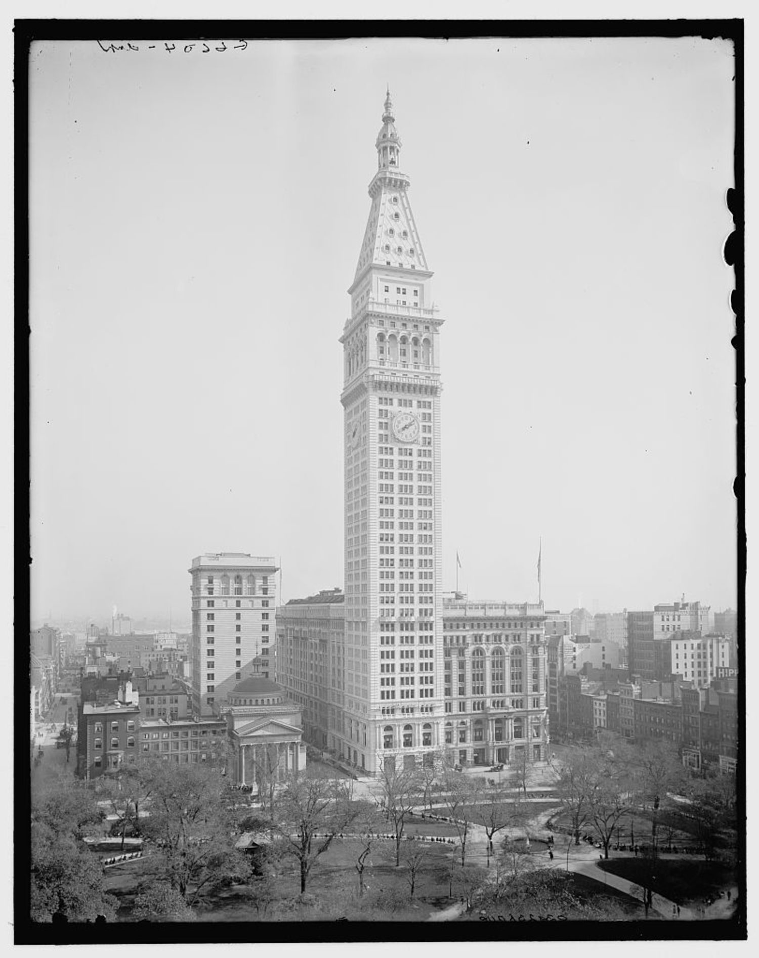 Metropolitan Life Insurance Building, Madison Square, New York, N.Y. ca. 1910