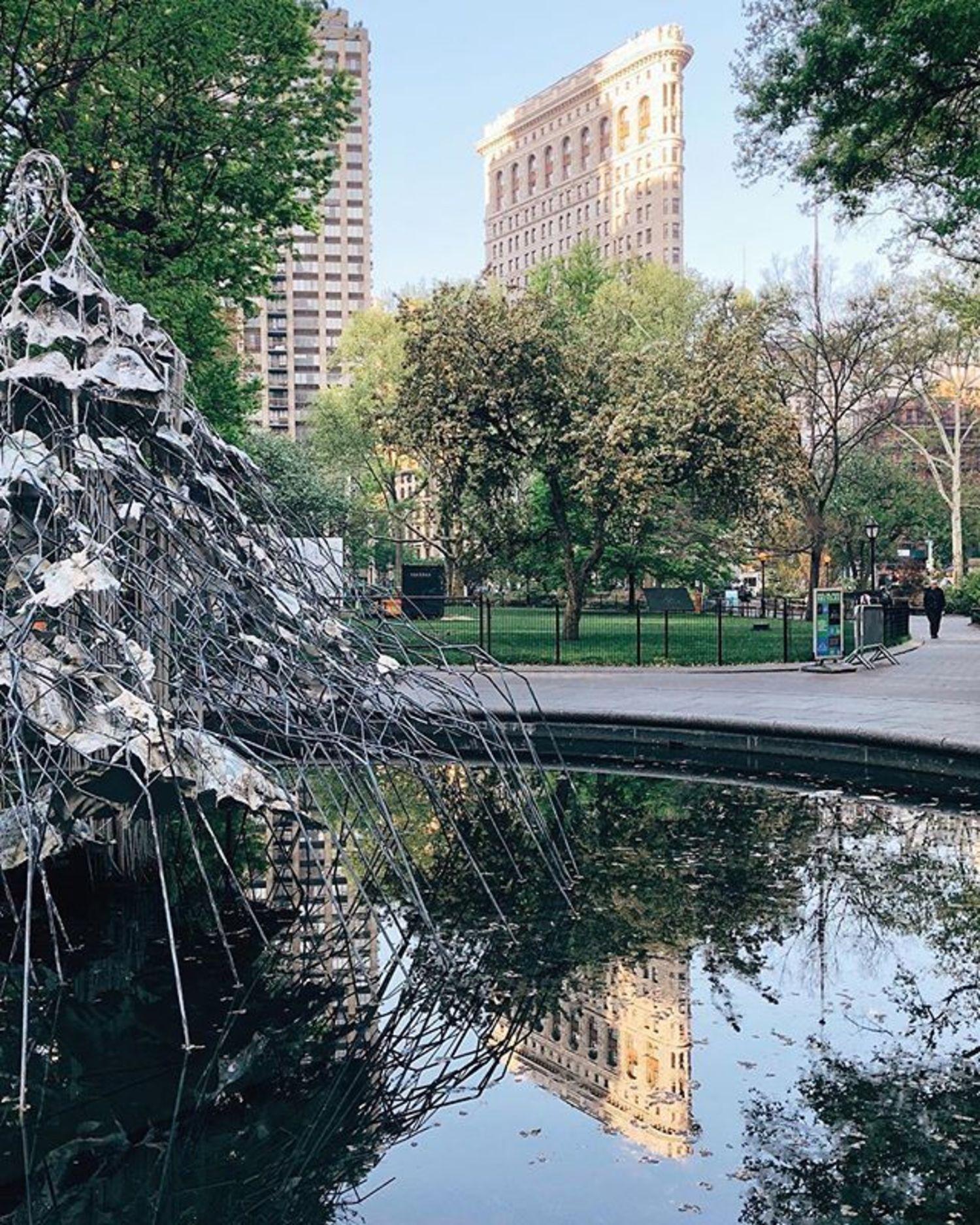 Madison Square Park, New York. Photo via @iwyndt #newyork #newyorkcity #nyc #flatiron #madisonsquarepark