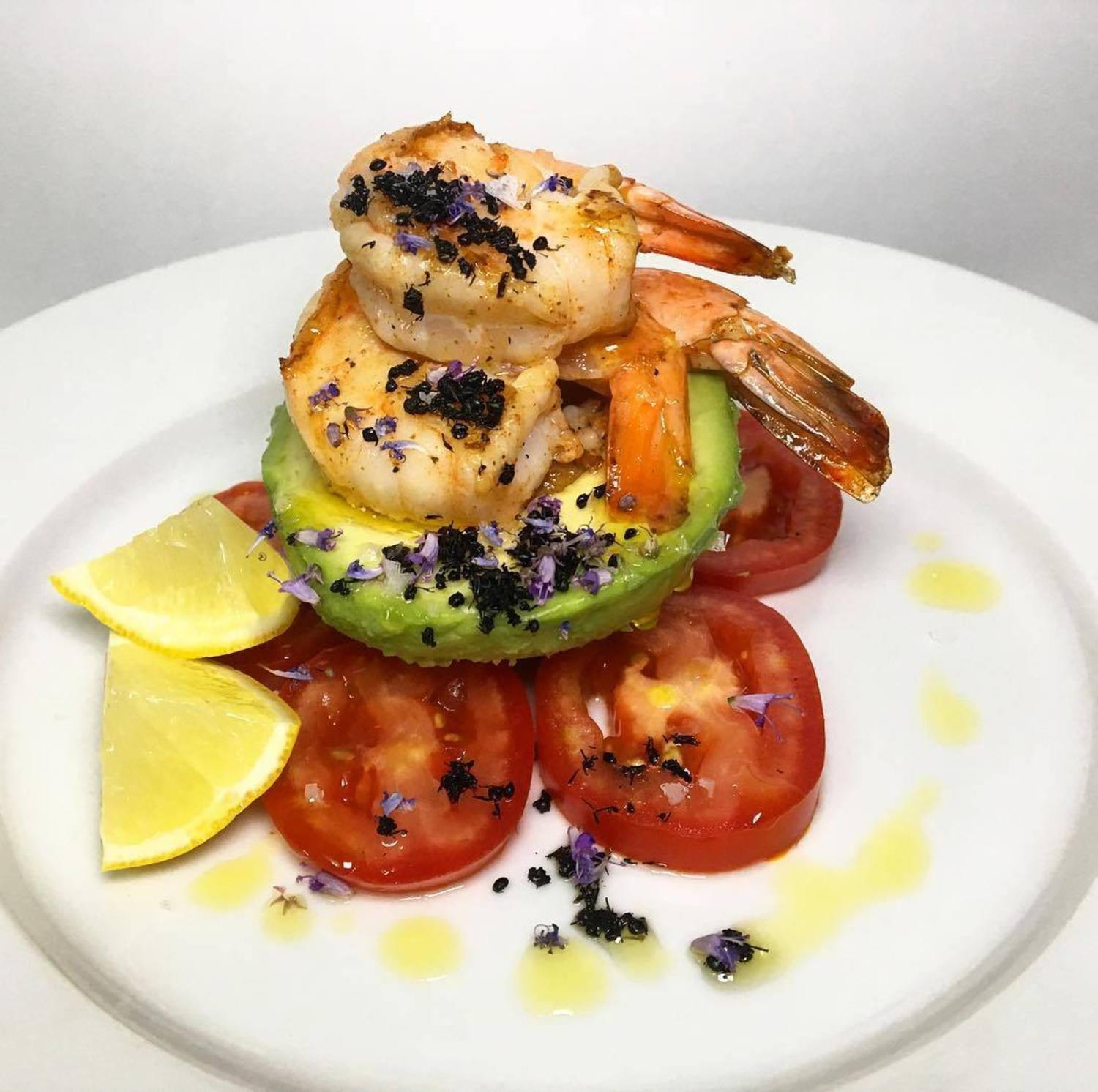 Did you get your tickets for Brooklyn Bugs yet?  We hope you can join us for one or all the events (Sept 1-3)! Pictured here is @dinnerecho's Seared Shrimp with black ants, avocado, and tomatoes.