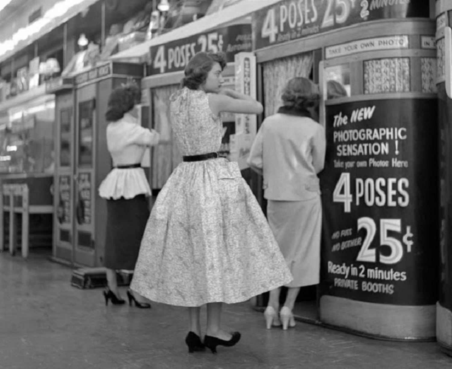 Vintage Photos of Everyday Life in 1950s New York Discovered in Attic 50 Years Later