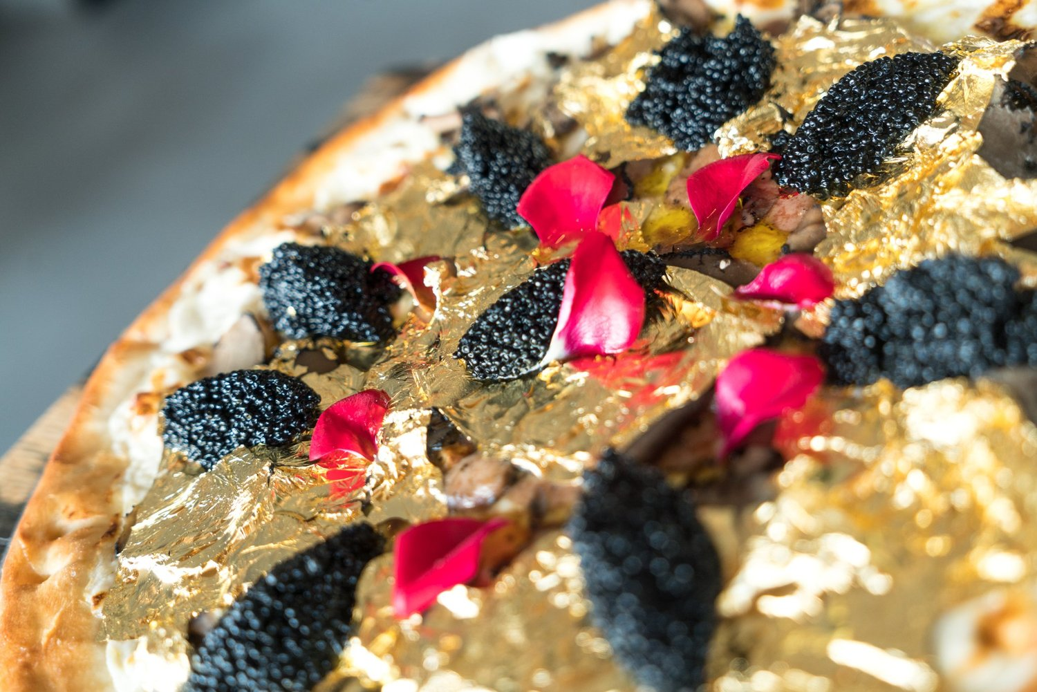 Thanks for highlighting our 24k Pizza @PureWow ! Check it out here https://t.co/ijYmIdxcY5. https://t.co/QCUyTUigVJ